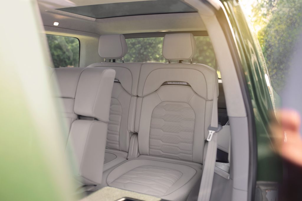 rivian r1s back seats